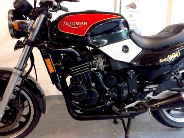 1995 Triumph Trident 900